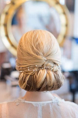 wedding-beauty-shot-blonde-hairstyle-jewel-pearl-band-across
