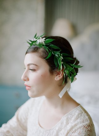 green-leaf-and-white-flower-crown-on-bridesmaid
