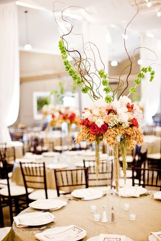 tall-floral-arrangement-with-twisting-branches