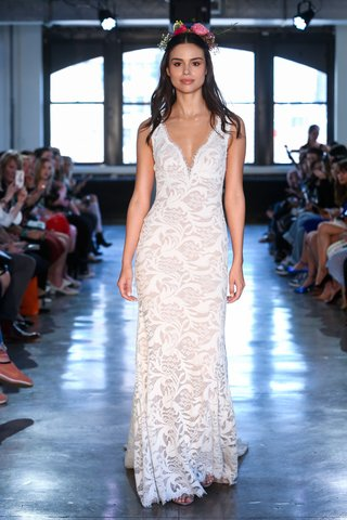 alzbeta-by-wtoo-by-watters-spring-2019-sleeveless-lace-bridal-gown-with-plunging-neckline