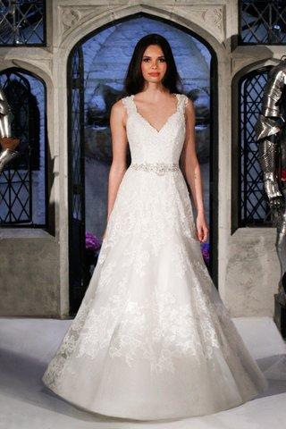 oleg-cassini-spring-2018-wedding-dress-v-neck-tank-strap-a-line-wedding-dress-lace-organza