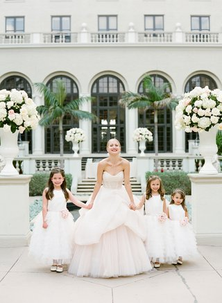 flower-girl-dresses-with-pink-sashes-and-bows