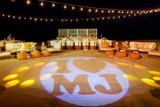 wedding-reception-custom-dance-floor-lighting-with-i-heart-mj-for-couples-initials