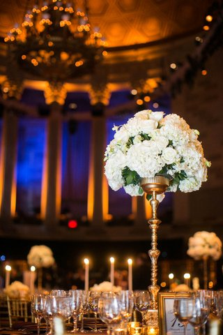 white-rose-and-white-hydrangea-tall-flower-arrangement-at-gotham-hall-wedding-reception