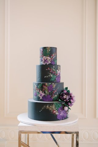 black-wedding-cake-with-purple-flower-details