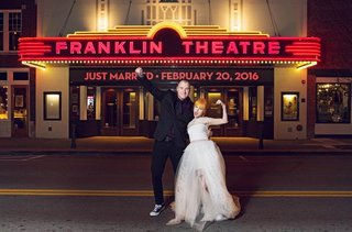hayley-williams-of-paramore-and-chad-gilbert-of-new-found-glory-outside-franklin-theatre