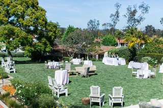 green-lawn-at-the-inn-at-rancho-santa-fe-decorated-with-rental-furniture-and-tables