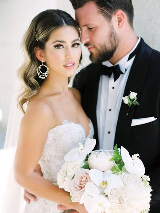 detroit-lions-tackle-taylor-decker-wedding-to-bryn-toyama-in-berta-bridal-gown