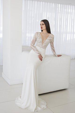 scarlett-wedding-dress-by-julie-vino-quartet-collection