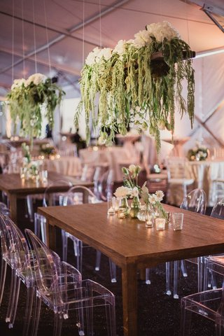 suspended-planters-over-reception-tables