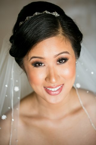 bride-with-beaded-headband-veil-with-crystals-asian-american-bridal-makeup