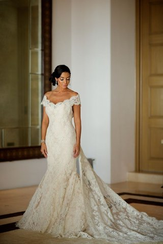 courtney-mazza-in-ivory-wedding-dress-with-lace-neckline-by-ines-di-santo