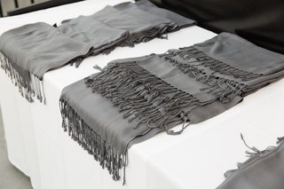 outdoor-winter-wedding-grey-pashminas-for-guests
