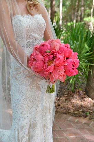 brides-bouquet-of-hot-pink-peonies