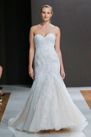 mark-zunino-spring-2018-wedding-dress-strapless-sweetheart-neckline-bridal-gown-mermaid-silhouette-s
