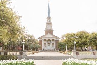 smu-perkins-chapel-wedding-ceremony-location