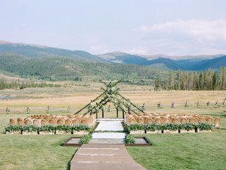 wedding-at-devils-thumb-ranch-colorado-mountain-wedding
