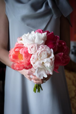 bridesmaid-bouquet-shades-of-pink-different-flowers-kinds-wedding-feminine-details-southern
