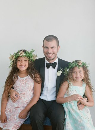 flower-girls-with-curly-hair-and-greenery-flower-crowns