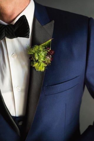 wedding-boutonniere-groom-artichoke-succulent-moss-greenery