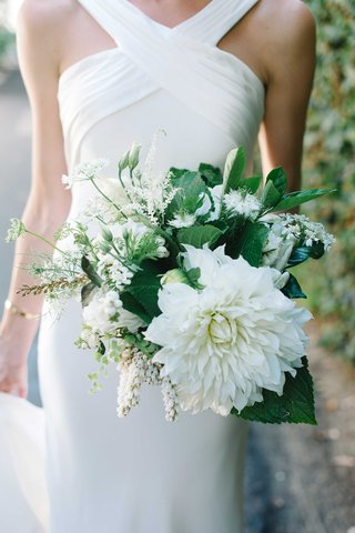 simple-bouquet-ivory-flowers-greenery-spring-oceanside-california-wedding-bride