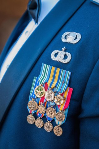 groom-with-11-military-medals-and-two-pins