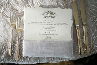 die-cut-wedding-menu-with-single-pearl