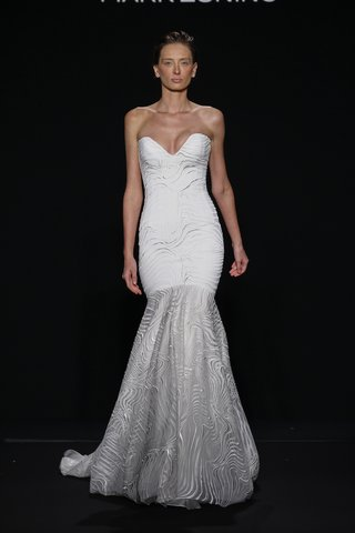 mark-zunino-for-kleinfeld-2016-strapless-mermaid-wedding-dress-with-moire-embroidery