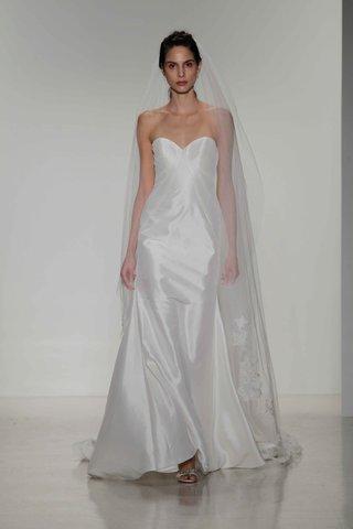kelly-faetanini-fall-2016-strapless-silk-wedding-dress-with-sweetheart-neckline