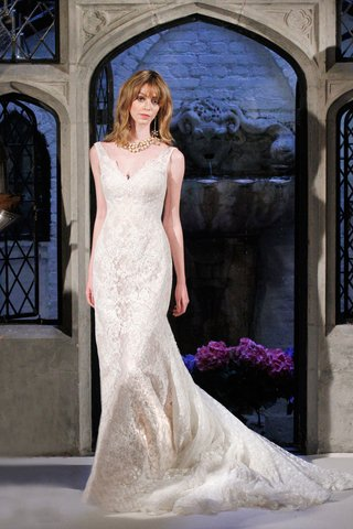 oleg-cassini-spring-2018-wedding-dress-v-neck-lace-wedding-dress-chapel-train-bead-applique-hem