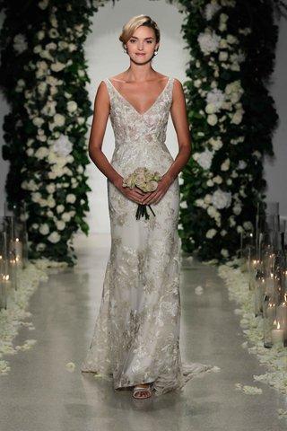 v-neck-wedding-dress-with-metallic-flower-pattern