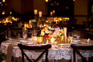 guest-reception-tables-with-lace-linens