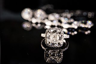 4-carat-cushion-cut-diamond-with-halo-setting