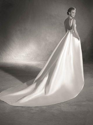 atelier-pronovias-2017-elma-wedding-dress-with-pockets-sleeveless-mikado-silk-bateau-neckline-a-line
