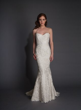 modern-trousseau-holland-strapless-wedding-dress-with-floral-embroidery