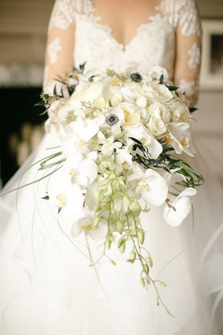 bridal-bouquet-with-phalaenopsis-orchids-garden-roses-and-anemones