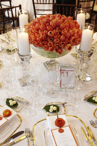 wedding-reception-tulip-flower-centerpieces-in-bowl