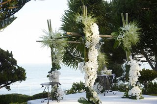 bamboo-wedding-ceremony-altar-with-white-flowers