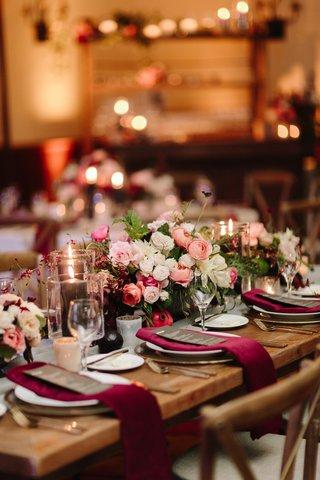 fall-wedding-inspiration-velvet-burgundy-napkins-peach-white-and-pink-flowers