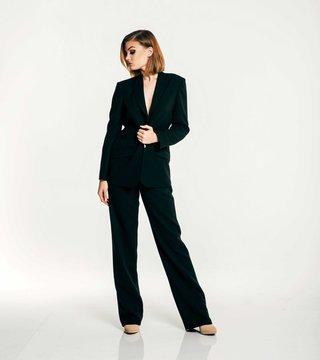 olia-zavozina-fall-2017-bridal-collection-leah-black-tuxedo-jacket-and-high-waisted-pant-suit-v-neck
