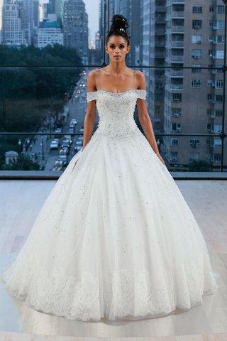 astor-ines-di-santo-fall-2018-off-shoulder-ball-gown-pearls-lace-border-hem-princess-dress