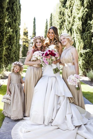 courtney-bingham-and-nikki-sixxs-daughters