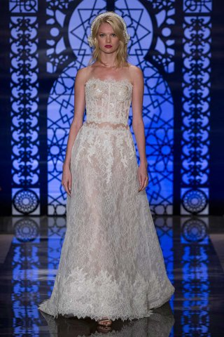 reem-acra-bridal-fall-2016-two-piece-strapless-sheer-lace-wedding-dress