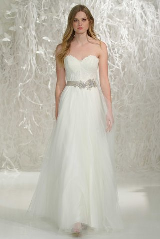 watters-2016-strapless-lace-bodice-with-sweetheart-neckline-and-skirt