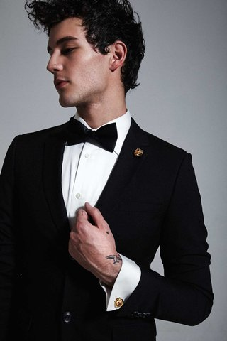 mordekai-by-ken-borochov-bridal-collection-gold-rose-lapel-pin-and-gold-rose-cuff-links-cufflinks