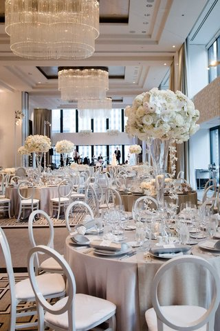 wedding-reception-decor-chicago-ballroom-the-langham-light-grey-silver-linens-white-flowers