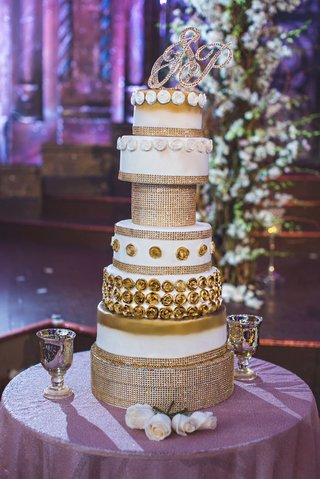 pia-toscano-american-idol-jimmy-ro-smith-jennifer-lopez-wedding-cake-gold-sparkles-opulent