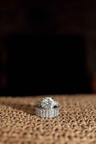 princess-cut-diamonds-cover-platinum-band