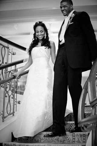 black-and-white-photo-of-joshua-smith-and-bride