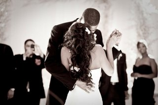 alexandria-lopez-and-joshua-smith-dancing-at-reception